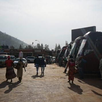 Der Plan eines Schienennetzes wurde in Ruanda nie verwirklicht, Haupttransportmittel bleibt der Bus.